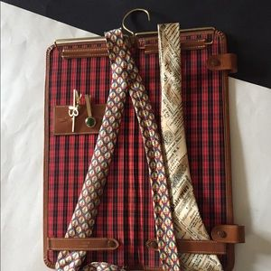 Vintage  tie and cuff caddy